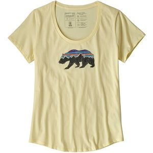 NEW WITH TAGS Patagonia Fitz Roy Bear T-shirt L